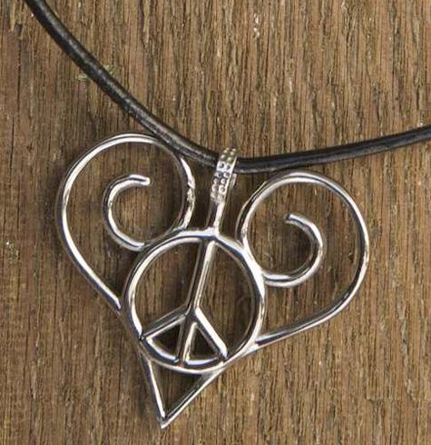 Love & Peace Pendant - Anni Zola